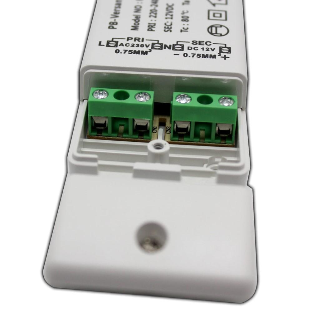 LED Trafo 0,5-15 Watt 12V DC mit Netzkabel Schalter Transformator Netzteil SW