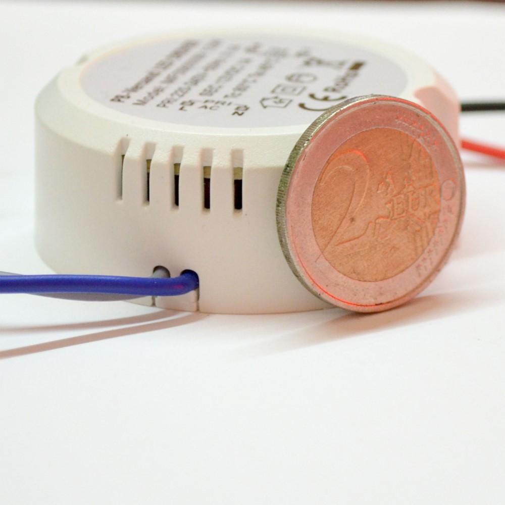 led leuchmittel trafo 12 watt 12v dc rund klein netzteil treiber transformator ebay. Black Bedroom Furniture Sets. Home Design Ideas